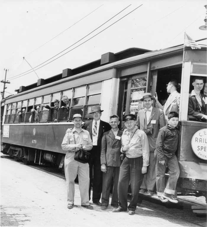 Car #479 on Schreiber. This is the same photograph as one of our earlier shots, but with less cropping. (CTA Historical Collection)