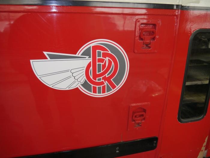 Stylish Pittsburgh Railways logo on 4609.