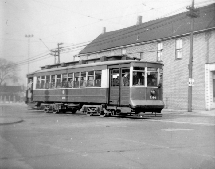 #144 at the intersection of 81st and Vincennes, on the 12-29-57 fantrip (Author's collection)