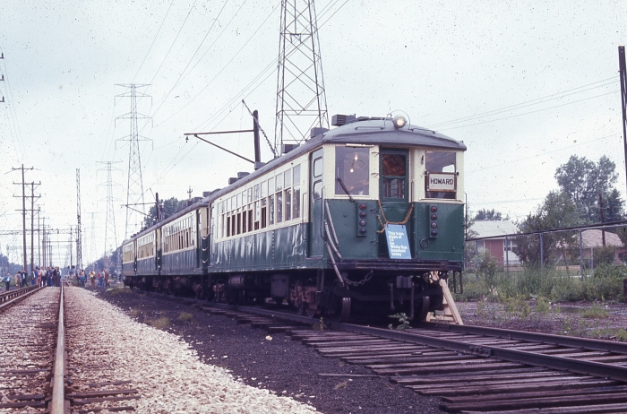 An early 1970s fantrip on the Skokie Swift. (Author's collection)