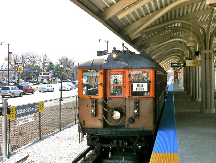 4271-4272 at Oakton, April 14, 2013, the first time these cars were at this station. (Photo by David Harrison)