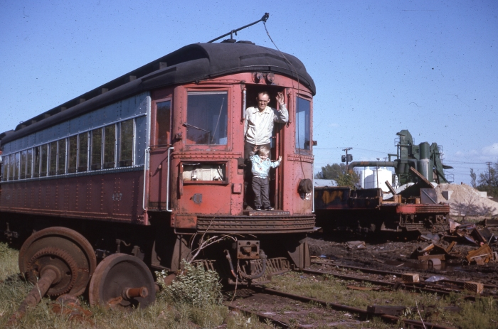 CA&E 427, soon to be scrapped, in 1963 at Wheaton. (Author's collection)