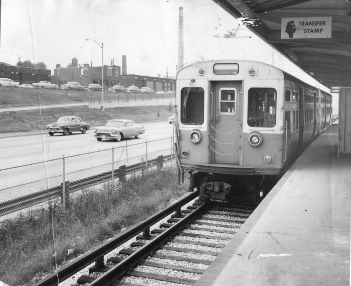 A CTA test train of 6000s in the brand new Congress Expressway median line on June 18, 1958, a few days before regular service began.