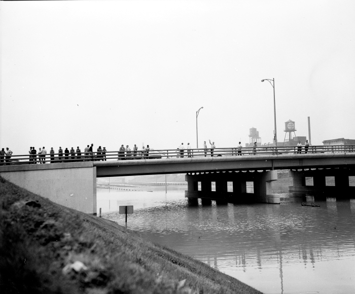 The Congress expressway at Halsted on July 13, 1957. (Editor's collection)