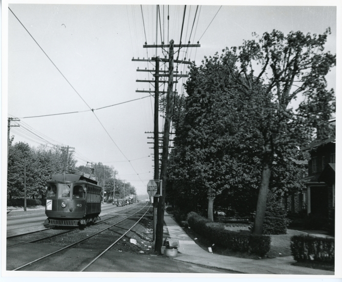 Philadelphia Suburban Transportation Company Jewett car 40 at Highland Park on West Chester Pike, about one mile west of 69th Street Terminal in 1941. (David H. Cope photo)