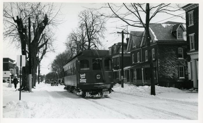 Philadelphia Suburban Transportation Company Jewett car 41 on Gay Street at Matlack in West Chester, March 3, 1941. (David H. Cope photo)