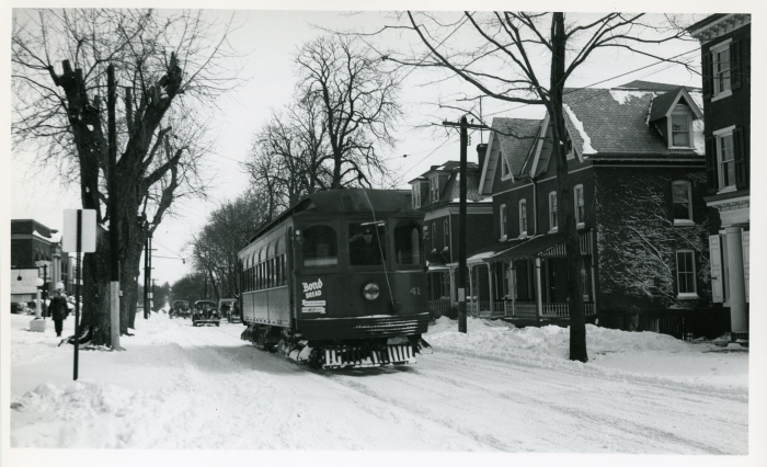 Philadelphia Suburban Transportation Company Jewett car 41 on Gay Street at Matlack in West Chester, March 3, 1941. (David H. Cope photo)