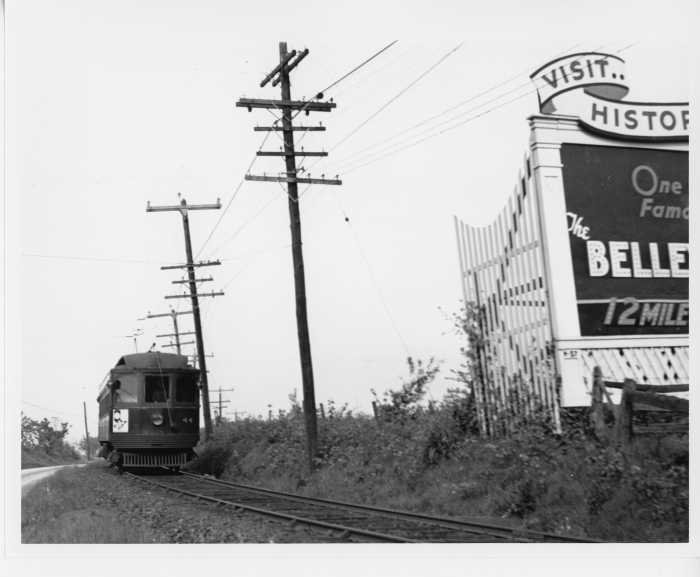 Philadelphia Suburban Transportation Company car 44 westbound at Kirk's curve, around 1941. (David H. Cope photo)