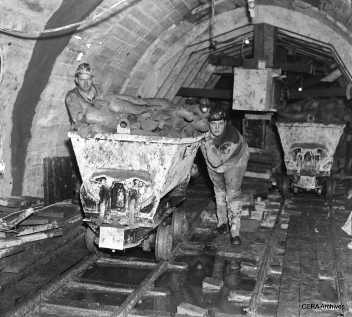 Apparently some portion of the new subway was dug out by hand using long knives, in much the same fashion as the old Chicago Tunnel Company system of decades before.