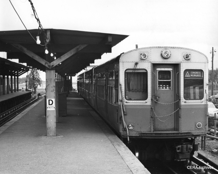 A four-car Congress-Milwaukee A train at the Des Plaines station in Forest Park on May 26, 1961. (Photo by Lawrence H. Boehning)