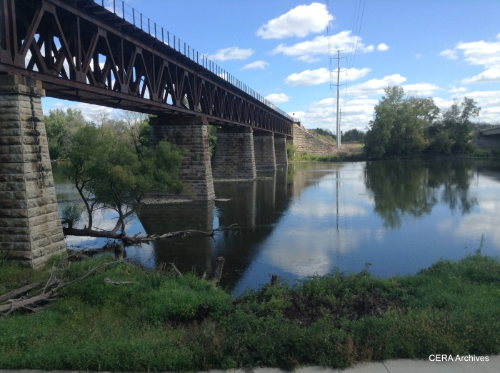 A ride along the Fox River offers a picturesque view. (Photo by Diana Koester)