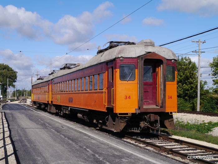 The South Shore cars are rarely operated at IRM since they use pantographs. The overhead is designed for poles, not pans. (Photo by David Sadowski)