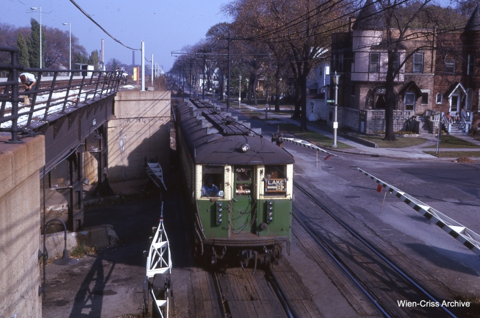 South Boulevard at Home, October 1962. The photographer's vantage point was a stairway leading to an old C&NW station. (Photo by Charles L. Tauscher, Wien-Criss Archive)