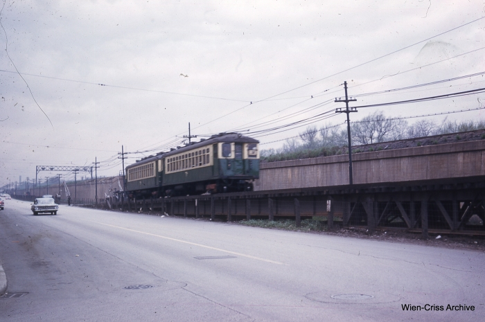 CTA 4308 at Lake and Long on May 7, 1961. (Photo by Charles L. Tauscher, Wien-Criss Archive)