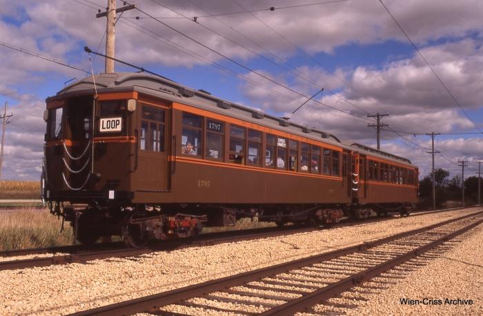 The two-car wood Chicago Rapid Transit Co. train.  (Photo by Jeff Wien, Wien-Criss Archive)