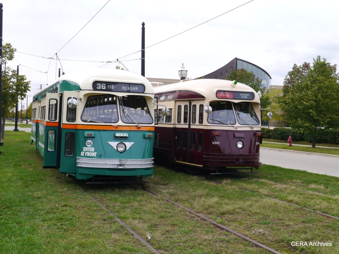 "Two ""second cities"" cars meet (Chicago and Toronto). (Photo by David Sadowski)"