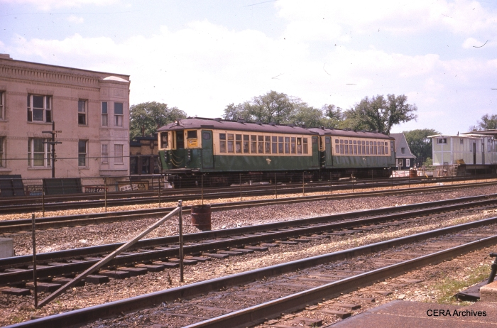 4000s ran on Lake Street until being replaced by the new 2000s in 1964. (Photographer Unknown)