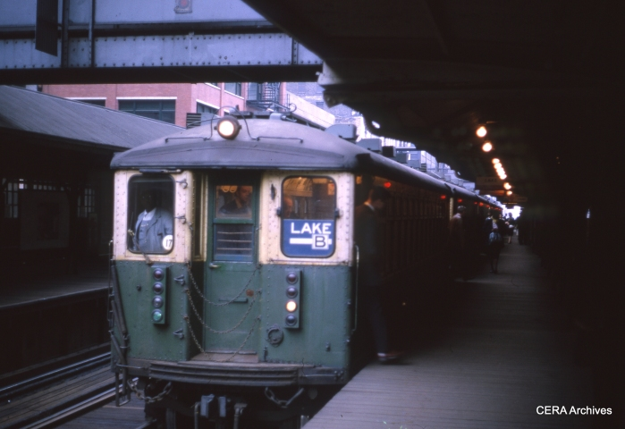 Going around the Loop in May 1964. (Unknown Photographer)