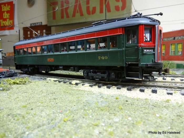 Last is Rich Nielsen's Walthers built-up NSL Skokie coach kit. Rich proves if the modeler takes the time and effort as well as his talents, a beautiful model can be built! Rich can be proud of his work!