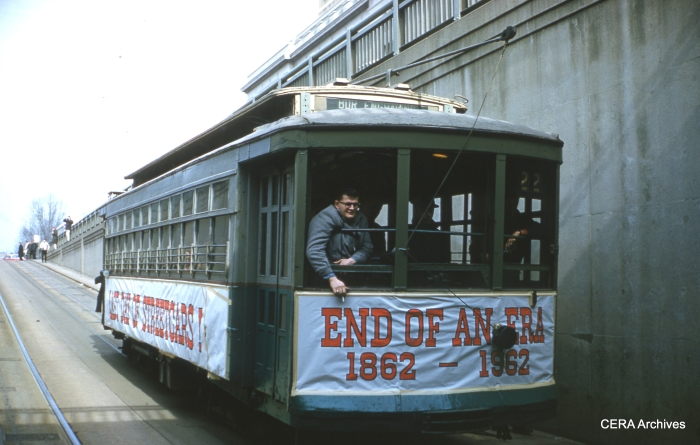 Last-day trolley 766 at the Bureau of Engraving on January 27, 1962. (Photographer unknown)