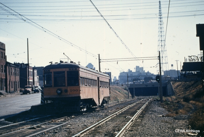 IT 100 near the entrance to the St. Louis subway in August 1952. (Photographer unknown - CERA Archives)