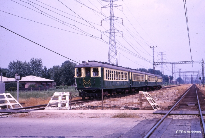 CTA 4269, 4270, 4281, and 4282 outbound at Kostner on July 3, 1966 on a fantrip. (CERA Archives)