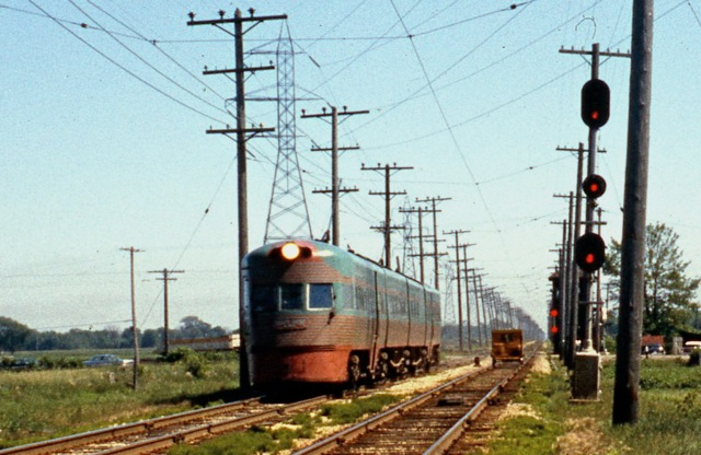 Electroliner Train # 805 NB at Ryan Road Jun 13, 1962 - note speeder on SB track. Tom Sharratt photo