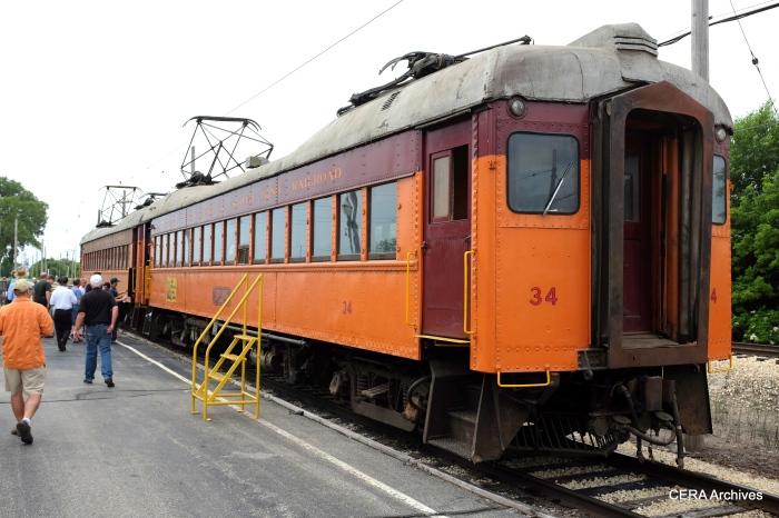 The South Shore Line two-car train, headed up by car 34. (David Sadowski Photo)