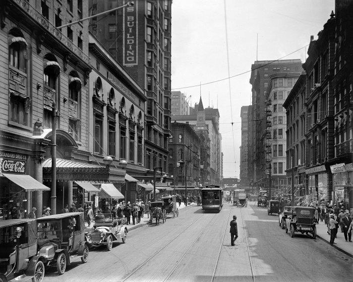 Chicago CSL 143 Madison Av circa 1910