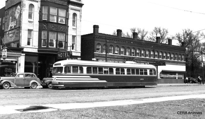 Pre-war PCC 4008 westbound on 64th near Stony Island. (Joe L. Diaz photo, CERA Archives)