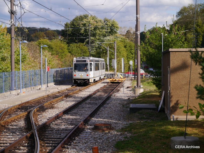 PAT 4225 turning back at the end of the line at the Library station, on October 5, 2014.